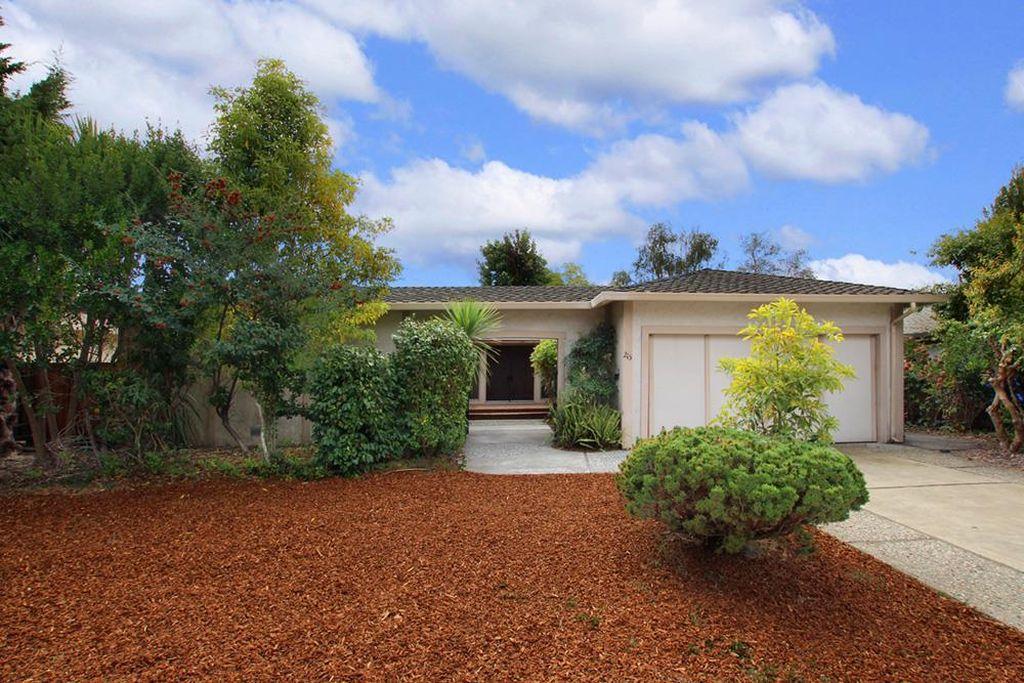 215 Northrop Pl, Santa Cruz, CA 95060 -  $980,000