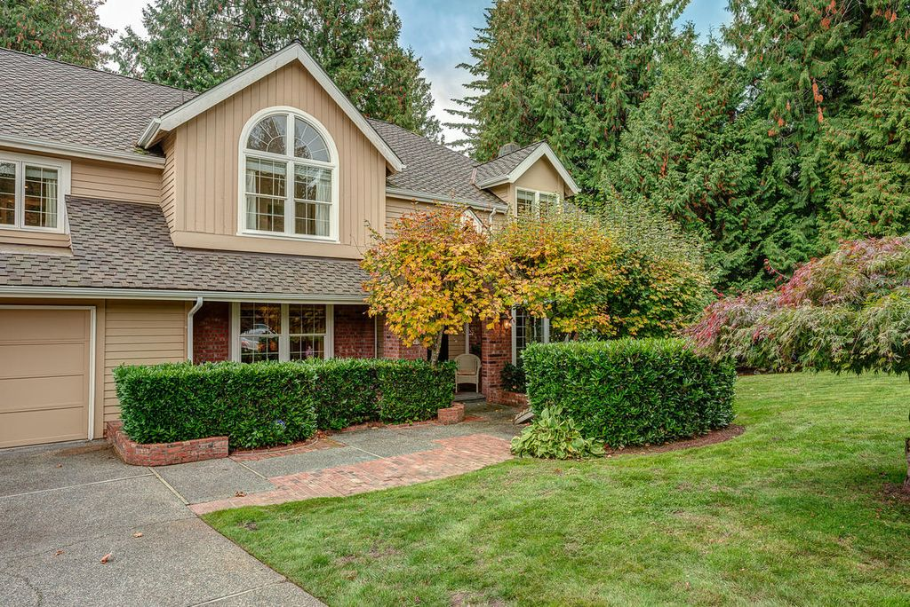 21611 NE 20th Way, Sammamish, WA 98074 -  $938,000 home for sale, house images, photos and pics gallery