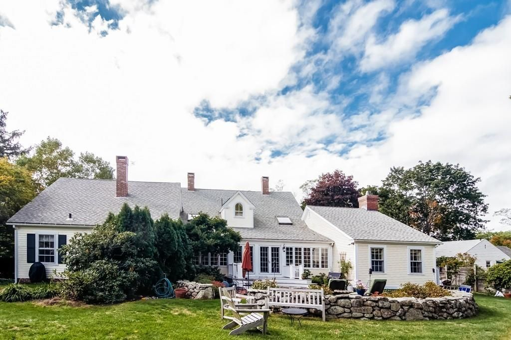 22 Moulton St, South Hamilton, MA 01982 -  $994,000 home for sale, house images, photos and pics gallery