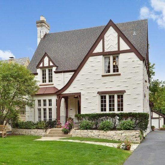 2217 Chestnut Ave, Wilmette, IL 60091 -  $1,050,000