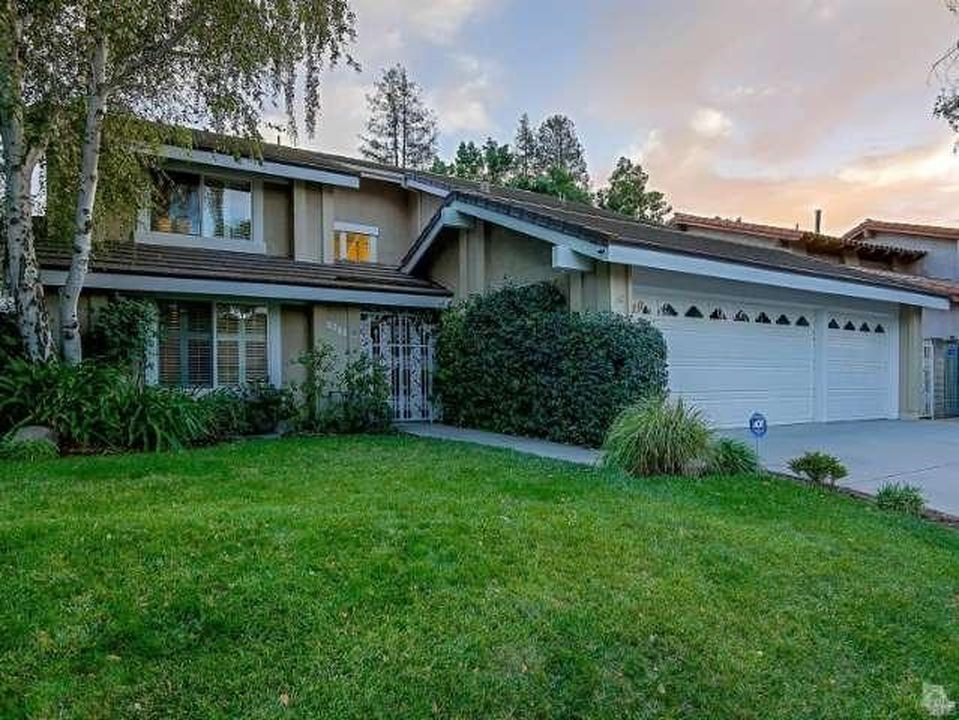 2244 Silver Spring Dr, Westlake Village, CA 91361 -  $1,095,000