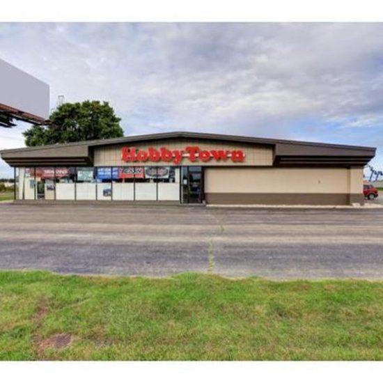 2340 Holly Rd, Neenah, WI 54956 -  $879,900