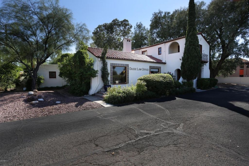2344 E Speedway Blvd, Tucson, AZ 85719 -  $835,000 home for sale, house images, photos and pics gallery