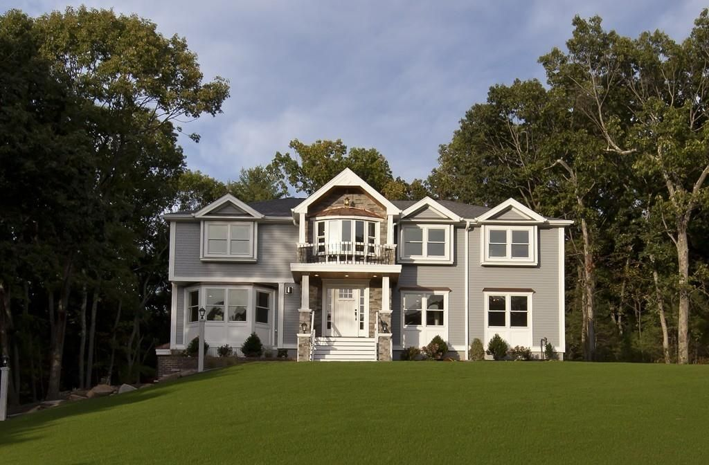 24 Deer Meadow Rd, North Andover, MA 01845 -  $1,050,000 home for sale, house images, photos and pics gallery