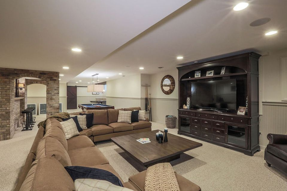 2480 Fawn Lake Cir, Naperville, IL 60564 -  $985,000 home for sale, house images, photos and pics gallery