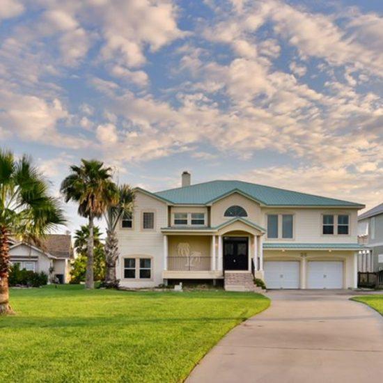 25 Westpointe Dr, Rockport, TX 78382 -  $850,000