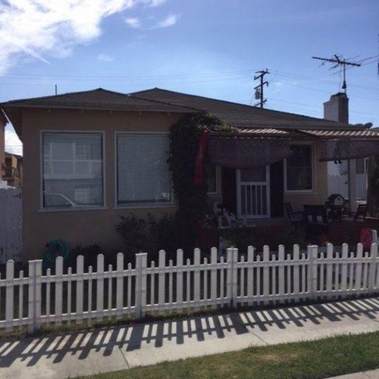250 16th St, Seal Beach, CA 90740 -  $1,175,000