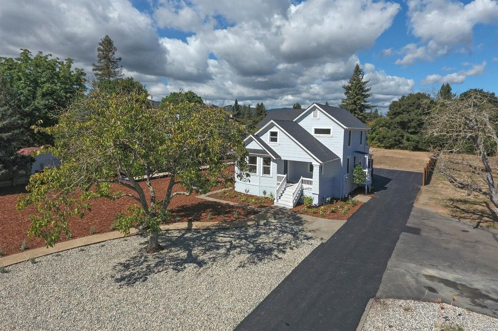 2588 Redwood Rd, Napa, CA 94558 -  $1,120,000 home for sale, house images, photos and pics gallery