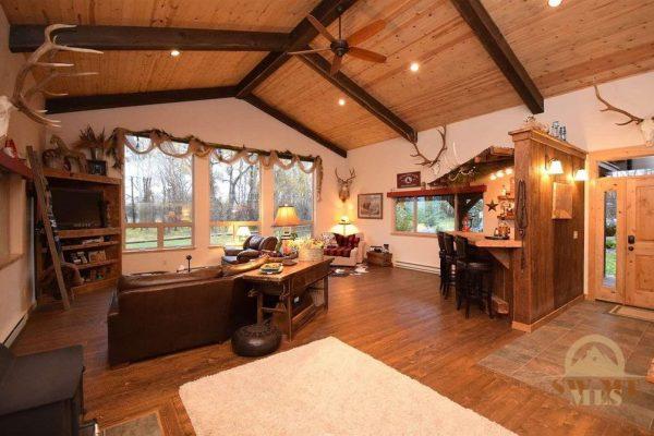 2595 E Cedar Meadows Ln, Manhattan, MT 59741 -  $1,095,000