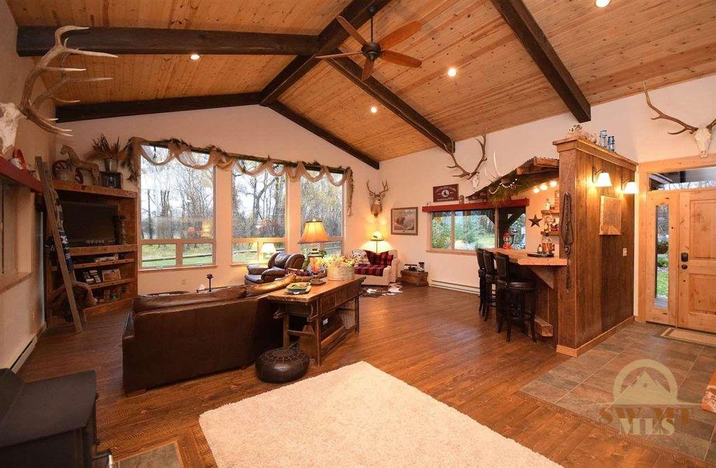 2595 E Cedar Meadows Ln, Manhattan, MT 59741 -  $1,095,000 home for sale, house images, photos and pics gallery