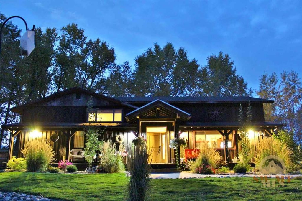 2595 E Cedar Meadows Ln, Manhattan, MT 59741 -  $1,095,000