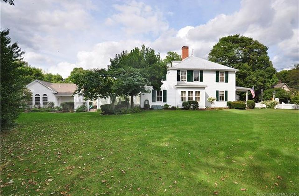 270 Main St S, Woodbury, CT 06798 -  $895,000 home for sale, house images, photos and pics gallery