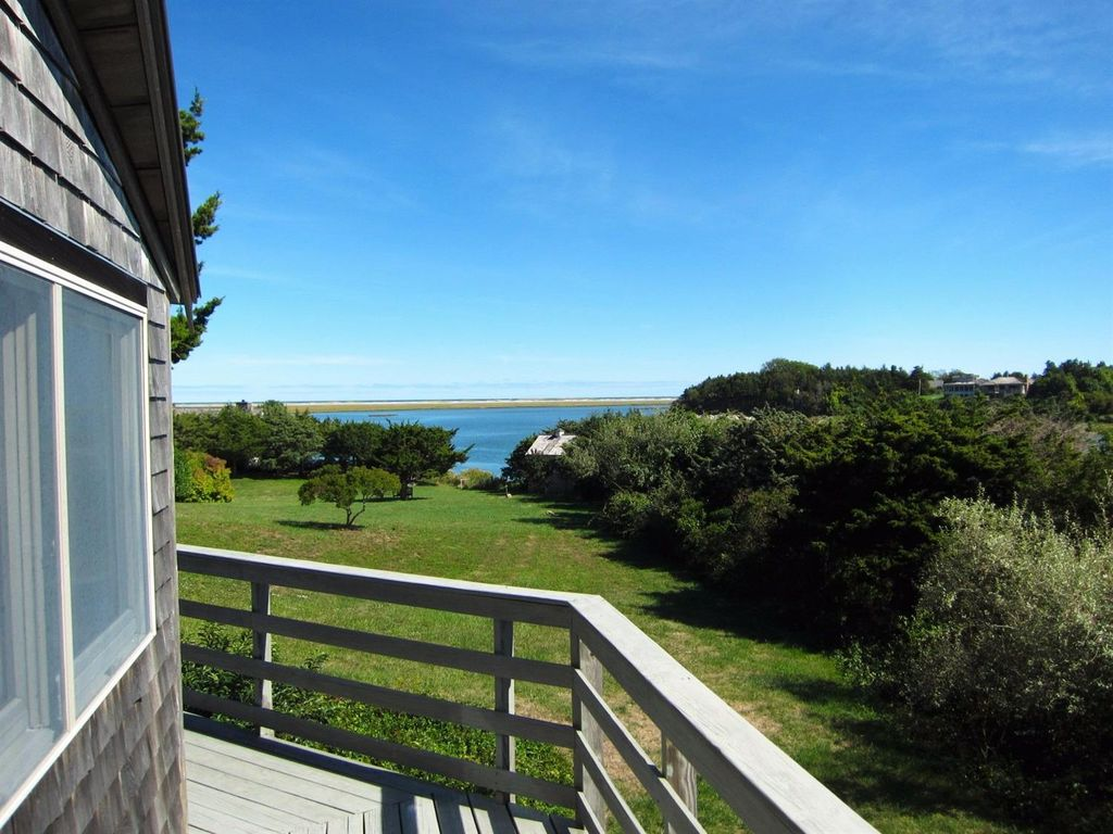 275 Mary Chase Rd, Eastham, MA 02642 -  $1,149,000