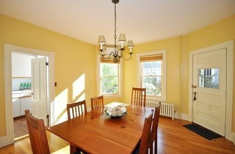 28 Draper Ave, Arlington, MA 02474 -  $895,000 home for sale, house images, photos and pics gallery