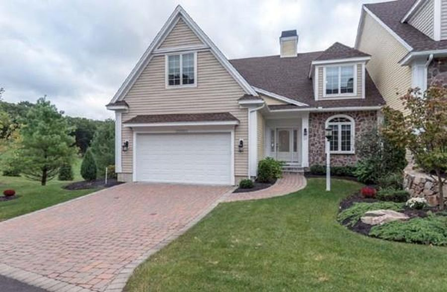 29 Ivana Dr, Andover, MA 01810 -  $998,000 home for sale, house images, photos and pics gallery