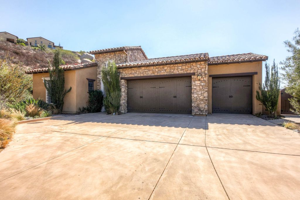 29574 Welk Highland Dr, Escondido, CA 92026 -  $1,089,000 home for sale, house images, photos and pics gallery