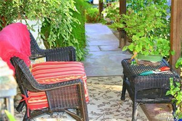 29730 River Rd, Cloverdale, CA 95425 -  $1,100,000 home for sale, house images, photos and pics gallery