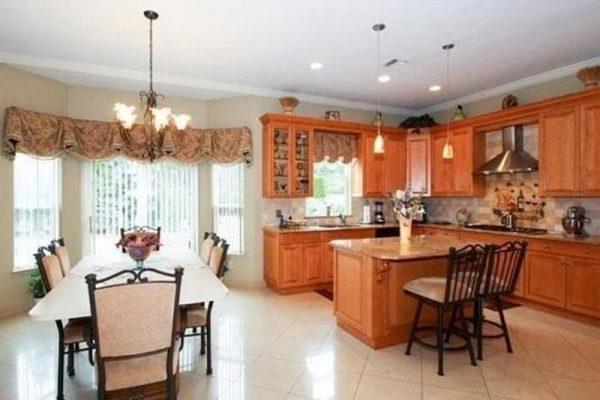3 Sipala Ct, E Northport, NY 11731 -  $975,000