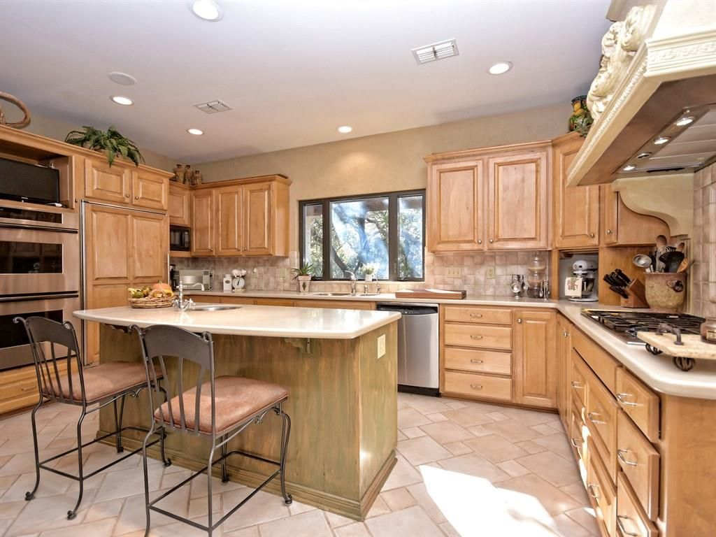 301 Mount Vw, Wimberley, TX 78676 -  $948,000 home for sale, house images, photos and pics gallery