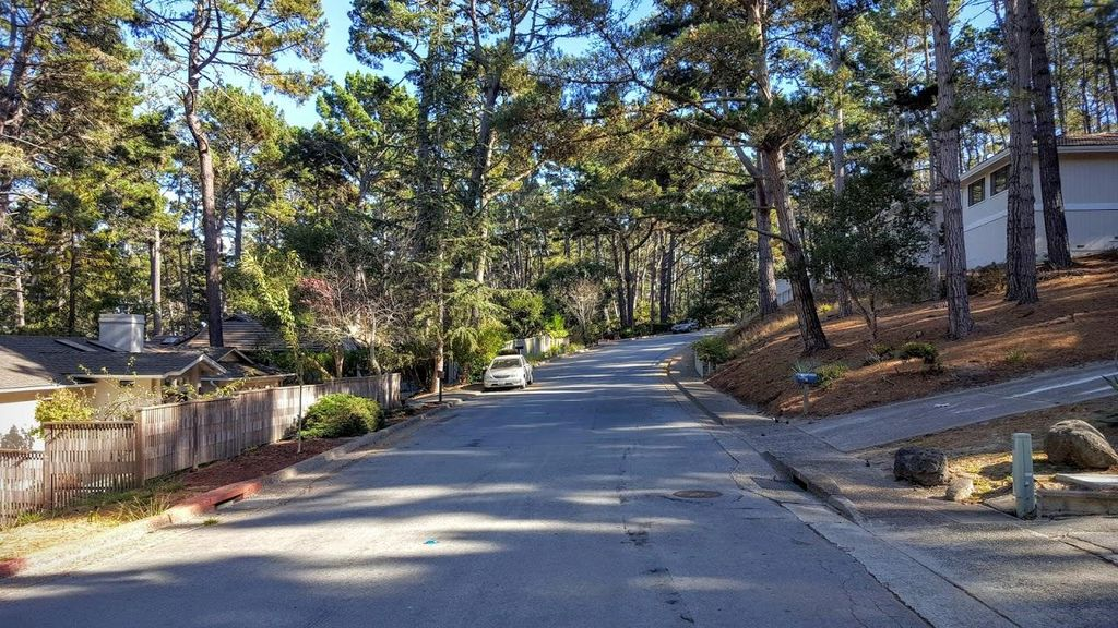 31 Greenwood Way, Monterey, CA 93940 -  $929,000 home for sale, house images, photos and pics gallery