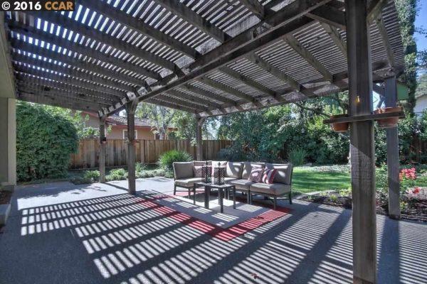 321 Trestle Glen Ct, Walnut Creek, CA 94598 -  $990,000