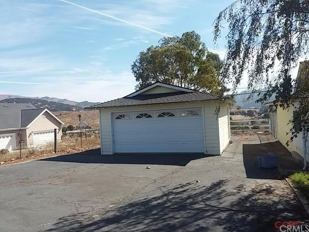 3260 El Rancho Ln, Arroyo Grande, CA 93420 -  $860,000 home for sale, house images, photos and pics gallery