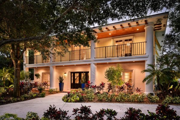33 Rio Vista Dr, Stuart, FL 34996 -  $1,098,000
