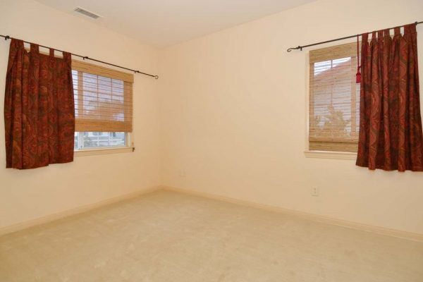 3332 Bajo Ct, Carlsbad, CA 92009 -  $1,095,000
