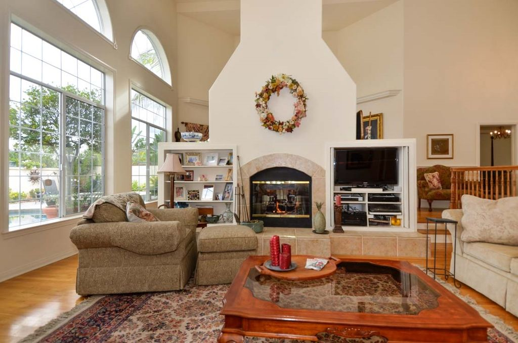 3332 Bajo Ct, Carlsbad, CA 92009 -  $1,095,000 home for sale, house images, photos and pics gallery