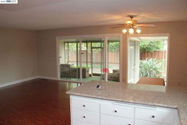 34817 Powder River Pl, Fremont, CA 94555 -  $929,000