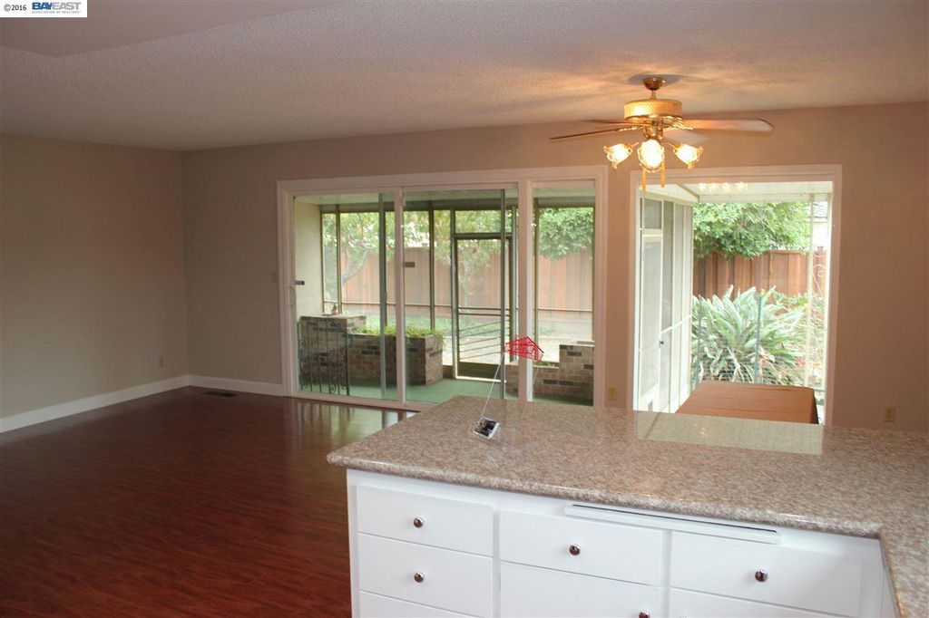 34817 Powder River Pl, Fremont, CA 94555 -  $929,000 home for sale, house images, photos and pics gallery