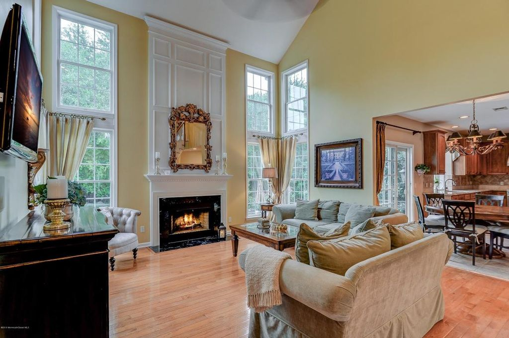35 Sage St, Holmdel, NJ 07733 -  $998,000 home for sale, house images, photos and pics gallery