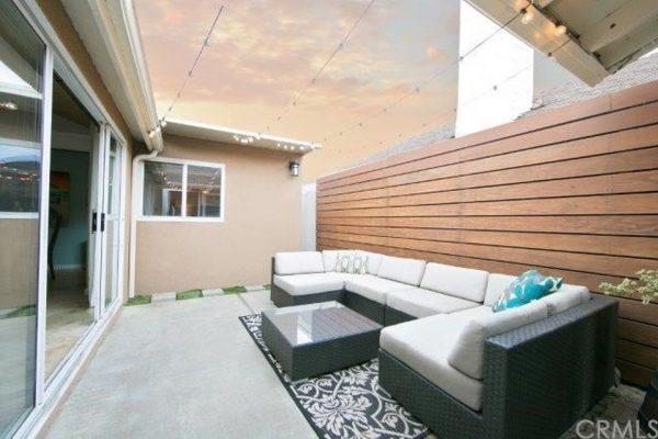 355 Walnut St, Newport Beach, CA 92663 -  $1,149,000