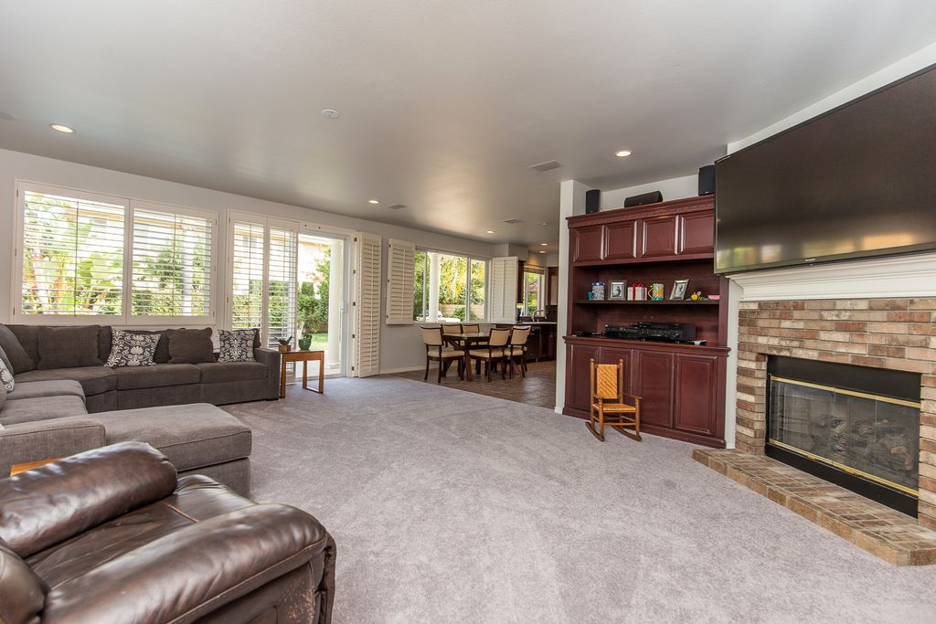 3887 Foxdale Ct, Thousand Oaks, CA 91320 -  $1,099,000 home for sale, house images, photos and pics gallery