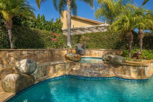 3887 Foxdale Ct, Thousand Oaks, CA 91320 -  $1,099,000