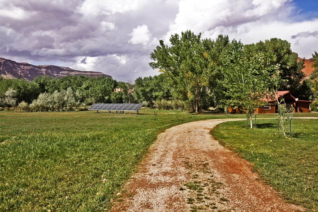 393 N Castle Creek Ln, Castle Valley, UT 84532 -  $945,000 home for sale, house images, photos and pics gallery
