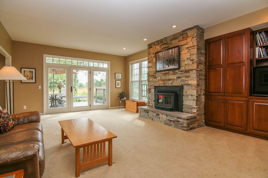 3952 Barlow Rd, Cross Plains, WI 53528 -  $865,000 home for sale, house images, photos and pics gallery