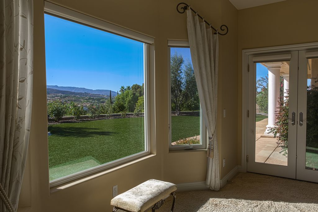 41305 Via Del Toronjo, Temecula, CA 92592 -  $989,000 home for sale, house images, photos and pics gallery