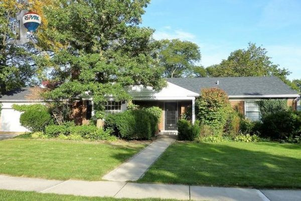 4135 Woodland Ave, Western Springs, IL 60558 -  $895,000