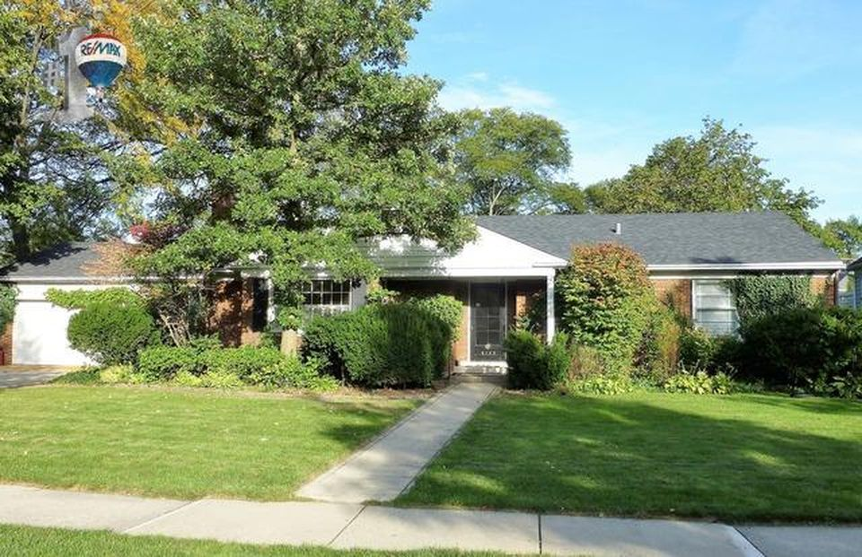 4135 Woodland Ave, Western Springs, IL 60558 -  $895,000 home for sale, house images, photos and pics gallery