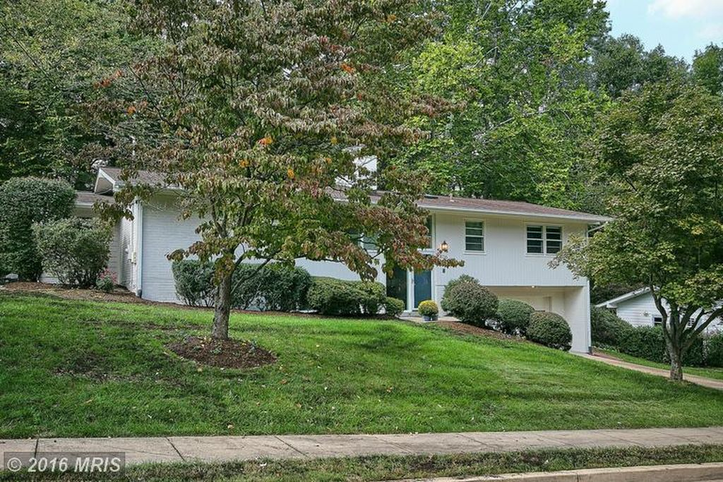 4136 N Richmond St, Arlington, VA 22207 -  $1,149,000
