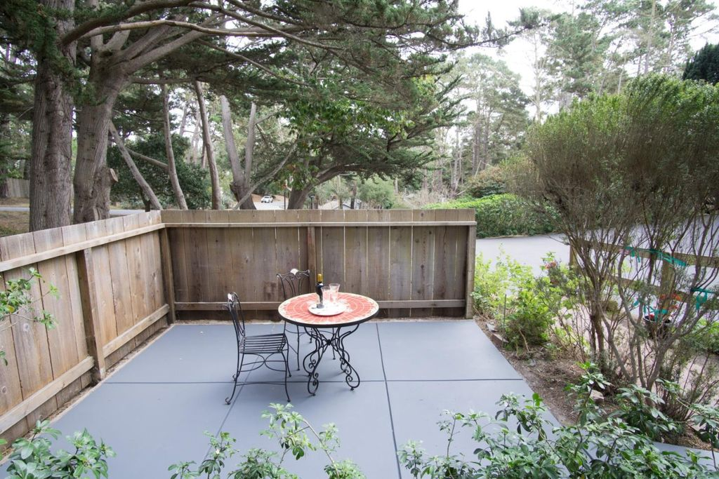 4173 Sunridge Rd, Pebble Beach, CA 93953 -  $1,150,000 home for sale, house images, photos and pics gallery