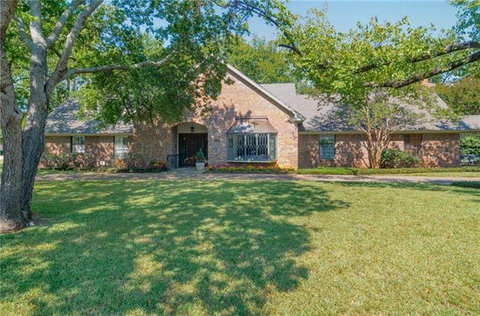 4203 N Cresthaven Rd, Dallas, TX 75209 -  $1,025,000
