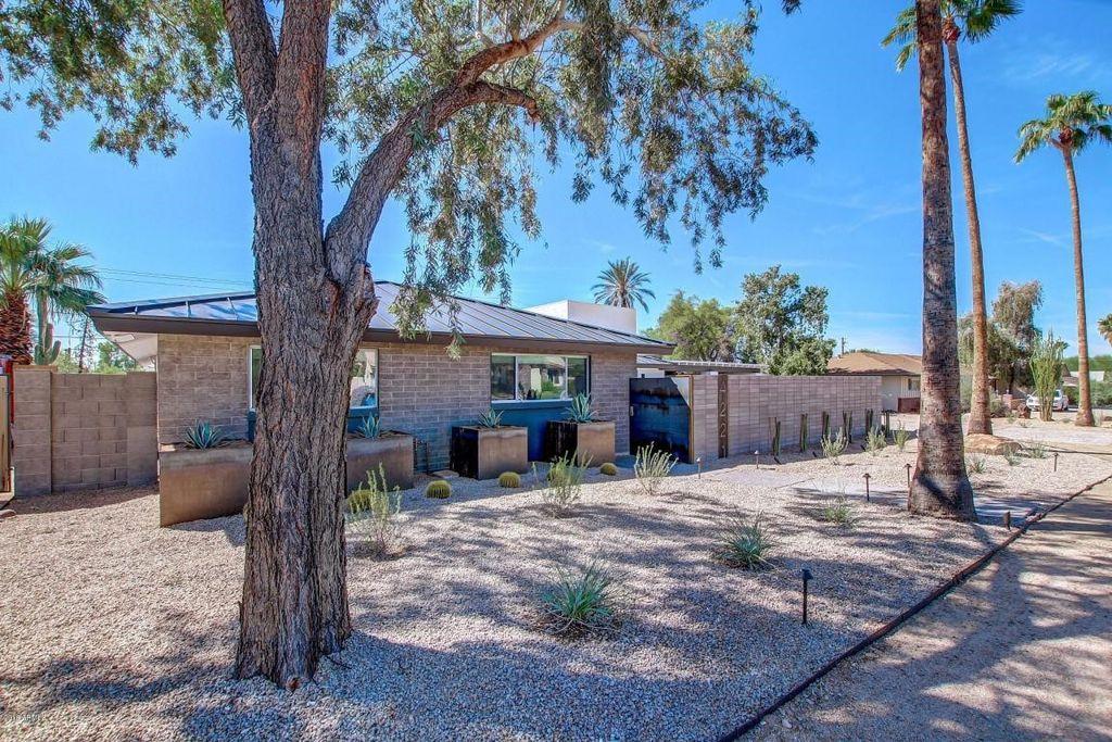 4221 E Stanford Dr, Phoenix, AZ 85018 -  $989,900