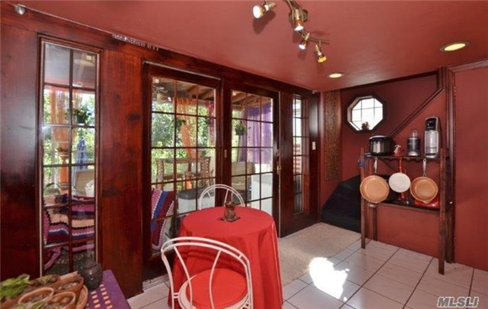 4323 220th Pl, Flushing, NY 11361 -  $925,000 home for sale, house images, photos and pics gallery