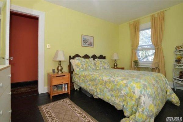 4323 220th Pl, Flushing, NY 11361 -  $925,000