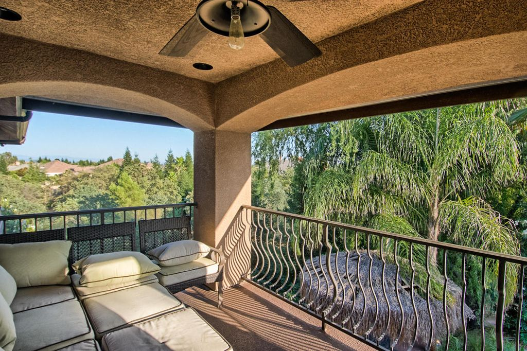 4365 San Martin Pl, Redding, CA 96003 -  $875,000 home for sale, house images, photos and pics gallery