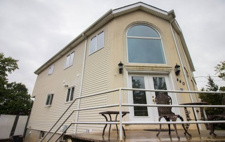 440 Sleight Ave, Staten Island, NY 10307 -  $950,000 home for sale, house images, photos and pics gallery
