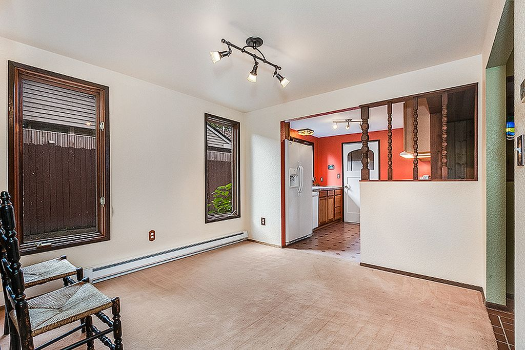 4512 W Cramer St, Seattle, WA 98199 -  $1,090,000 home for sale, house images, photos and pics gallery