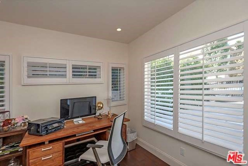 4540 Franklin Ave, Los Angeles, CA 90027 -  $1,100,000 home for sale, house images, photos and pics gallery